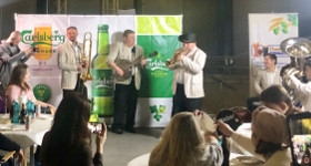 Музыканты Новосибирской филармонии дали необычный концерт  на заводе «Балтика»